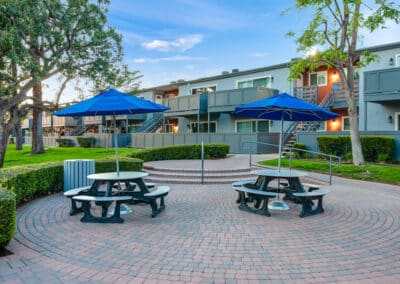 Countrywood Apartment Homes picnic stations